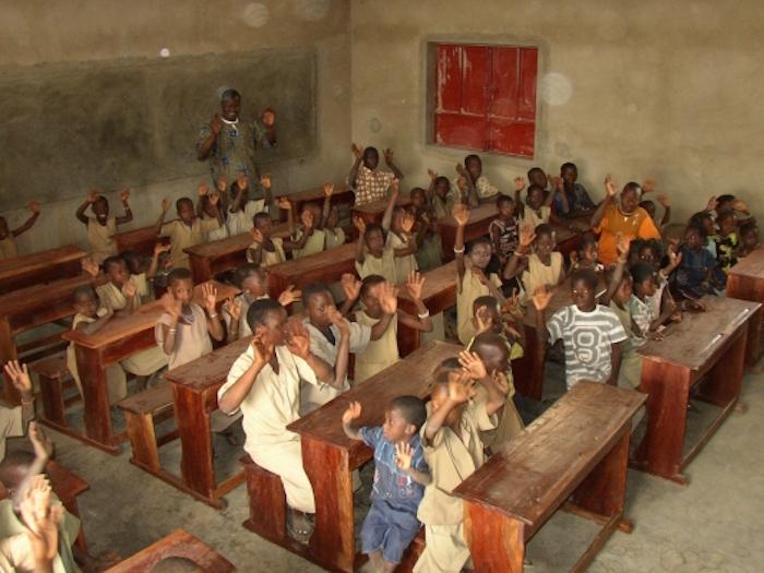 Scuola in Africa, una priorità. Ma solo per gli alunni...