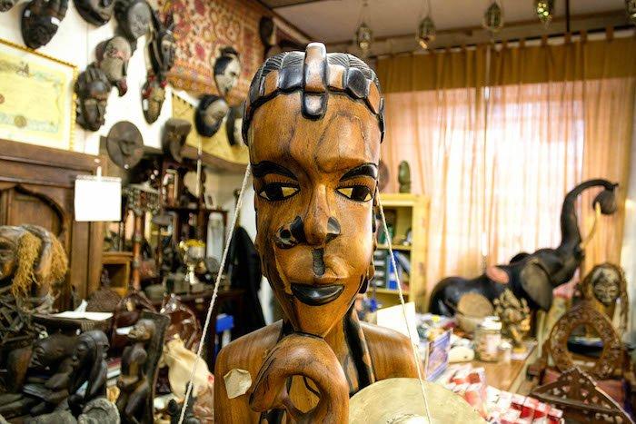 AOC 34, il magazzino africano di Milano