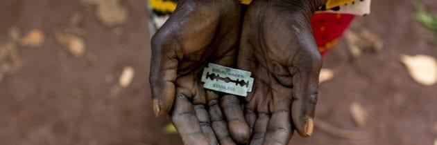 Africa – Tre milioni di bambine ogni anno vittime delle mutilazioni genitali