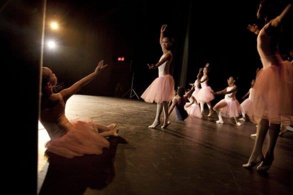 In Sudafrica i giovani fuggono dalla povertà a passo di danza