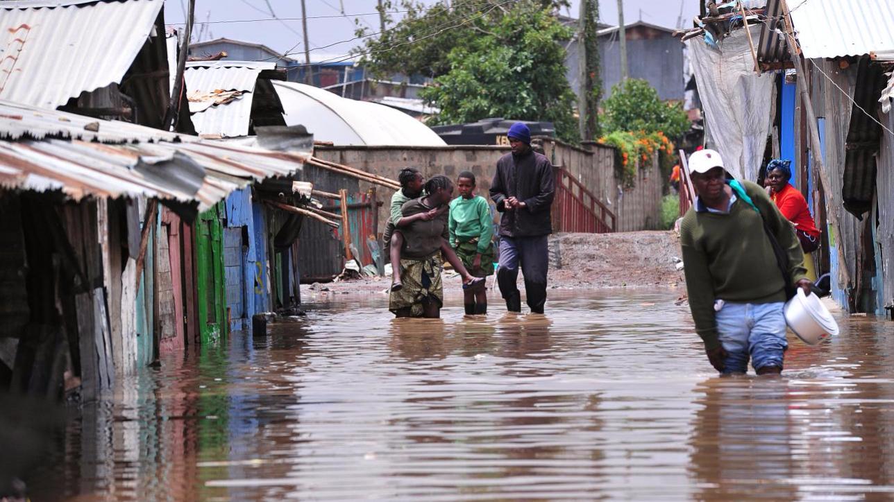 Kenya, crolla una diga a causa delle forti piogge: 20 morti
