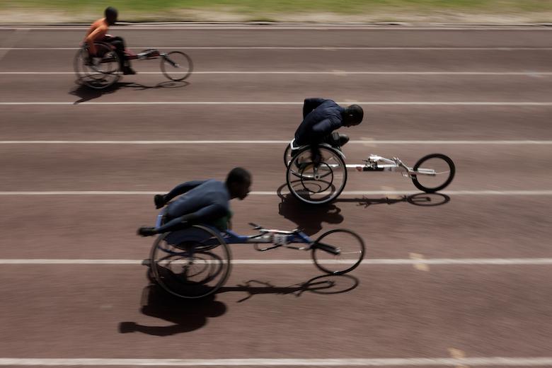 In Kenya gli atleti paralimpici lottano per non soccombere  82202cbbbc7