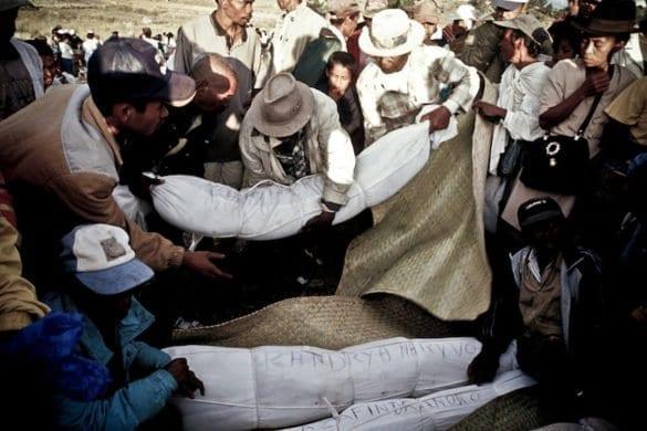 """Madagascar: la festa """"del ritorno dei morti"""""""