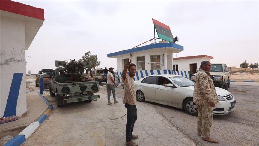 Tripoli accusa la Russia: ha mandato sei caccia in aiuto di Haftar