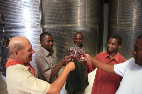 Brindisi vino Cetawico